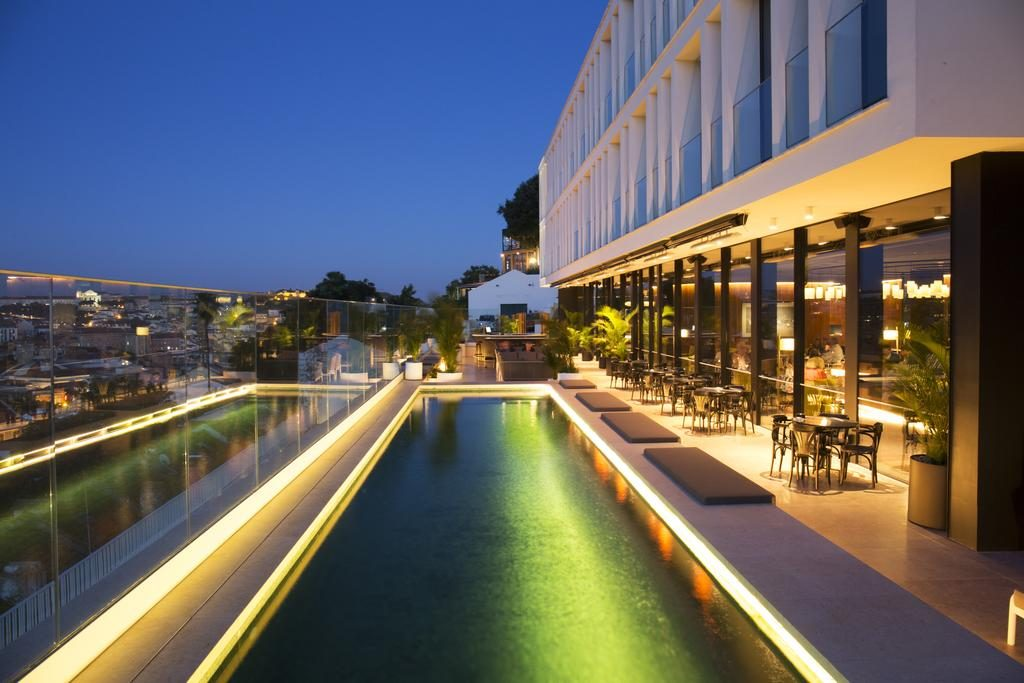 Hotel Romantique Memmo Principe Real Lisbonne piscine