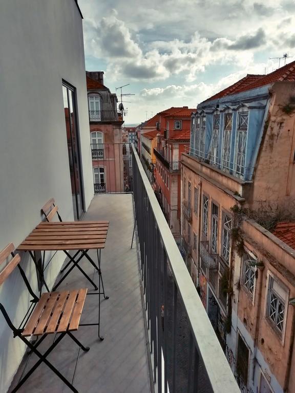 Hotel Romantique Raw Culture Lisbonne terrasse