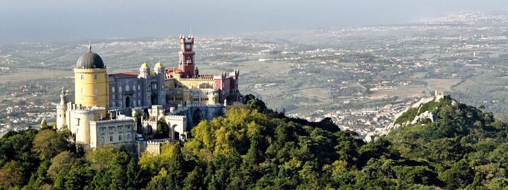 Besuchen Sie den Palacio de Pena Sintra Lissabon